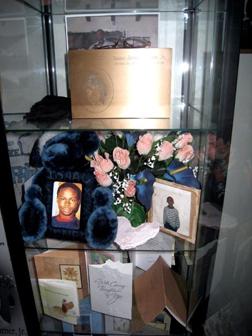 Memorial_for_Isaac_Turner.jpg