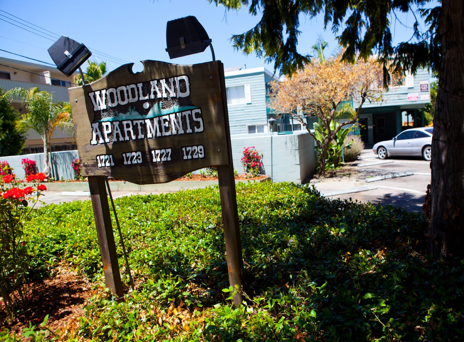 Woodland_Apartments_in_East_Palo_Alto._IAN_UMEDA.jpeg