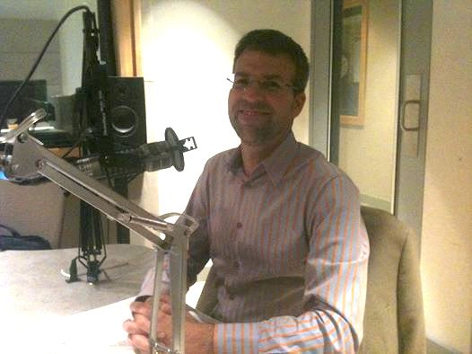 eremy Adam Smith prepares for an interview at KALW's studios in 2014. // Public Press - See more at: https://sfpublicpress.org/blog/2015-03/public-press-report-leads-to-discussions-on-segregation#sthash.1YDG1shh.dpuf