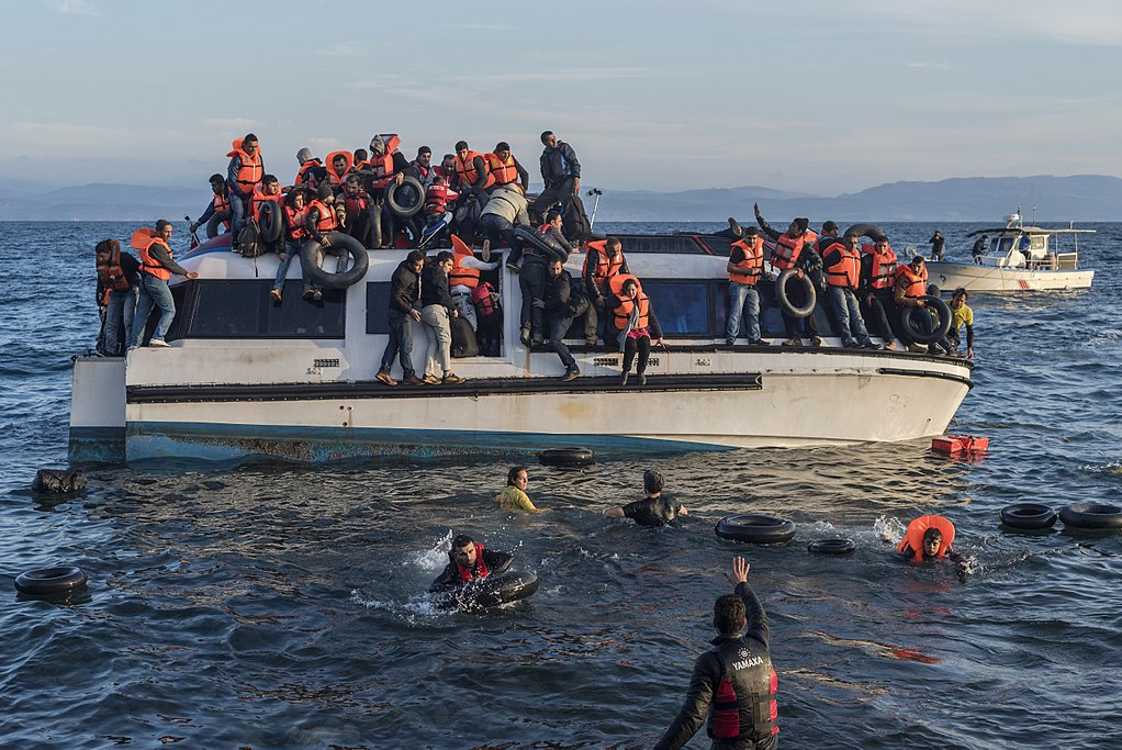 1024px-20151030_syrians_and_iraq_refugees_arrive_at_skala_sykamias_lesvos_greece_2.jpg